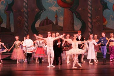 MBT Nutcracker - Preview
